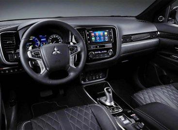 В топе продаж — Mitsubishi Outlander