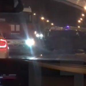 Два водителя и пассажир пострадали в ДТП в Москве