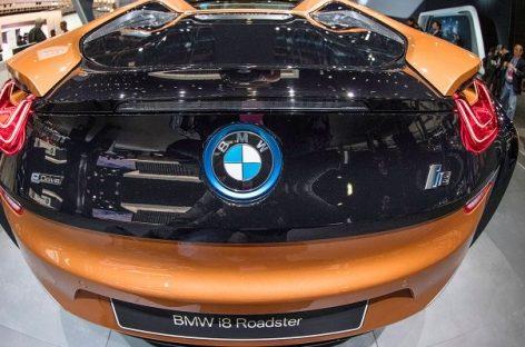 BMW откажется от битурбированных двигателей V12