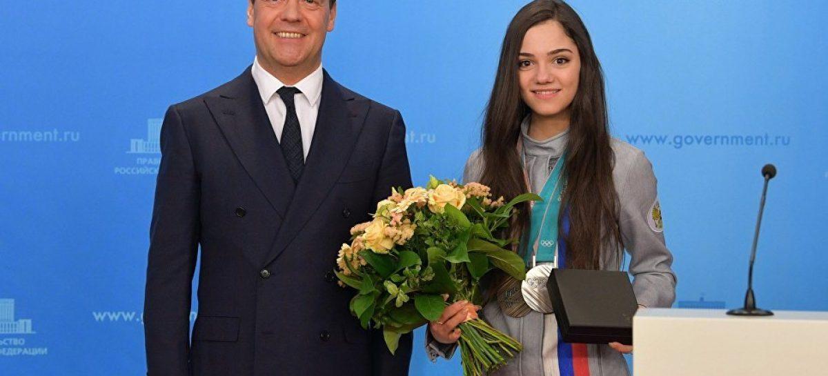 Медведева не сядет за руль «олимпийской» BMW