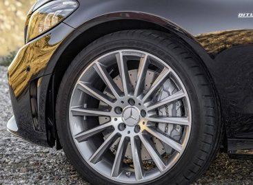 Обновленному Mercedes-AMG C43 добавили мощности