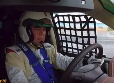 Президент Туркменистана подрифтовал на гоночном авто
