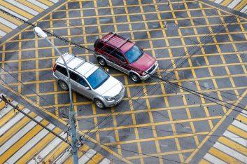 На российских дорогах появится цветная разметка