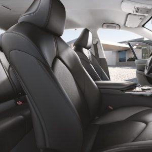 Новая Toyota Camry - пора брать