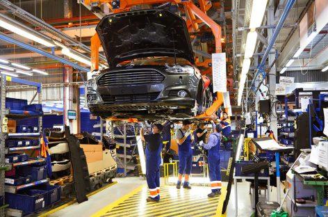"""""""Накатить"""" и """"запустить"""". Как общаются работники заводов Ford."""