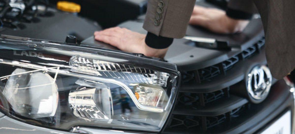 Даже Lada дорожает из-за доллара. Недоимпортозаместили