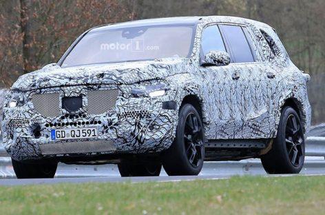 Стали известны подробности о новом Mercedes-Benz GLS для России