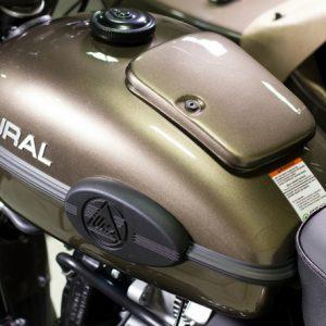 Спецверсия мотоцикла «Урал»: бутылка водки в базовой комплектации