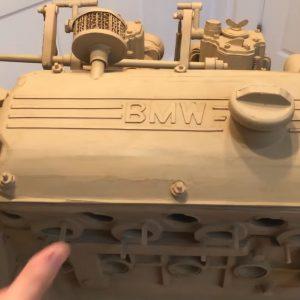 Двигатель BMW из картона — завораживающее видео сборки