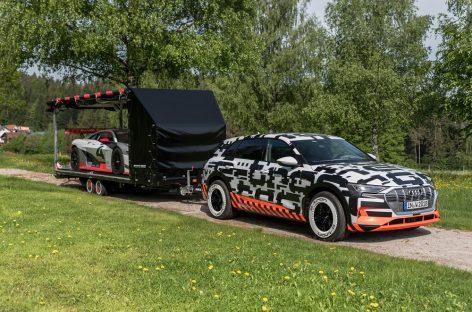 Поклонникам GTI покажут прототип Audi e-tron