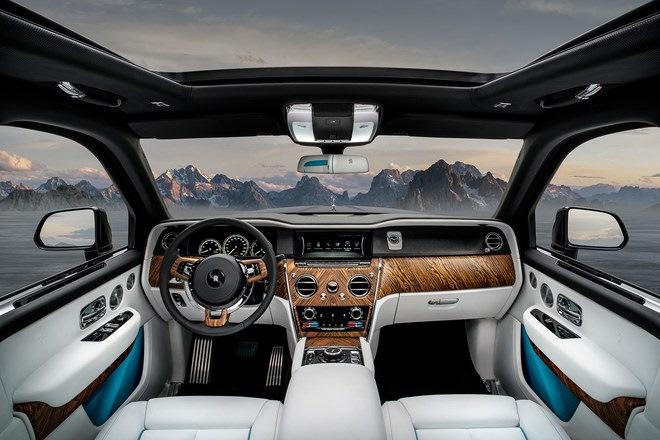 Rolls-Royce Cullinan: интерьер