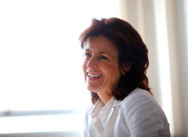 Аннетт Винклер уйдёт с поста руководителя smart в концерне Daimler AG