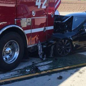 Водитель попавшего в ДТП электрокара Tesla полагалась на автопилот