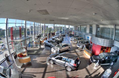 Toyota повысила цены почти на все автомобили в России