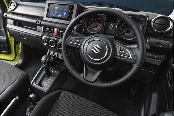 Обновленный интерьер Suzuki Jimny