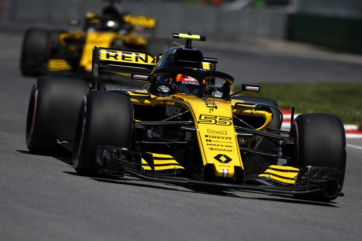 Команда Renault уверенно обошла Force India