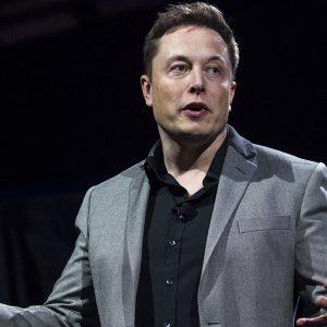 Илон Маск разрешил сотрудникам Tesla не выходить на работу из-за коронавируса