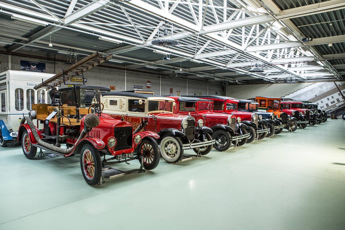 В коллекции собраны уникальные автомобили Ford начала и середины ХХ века