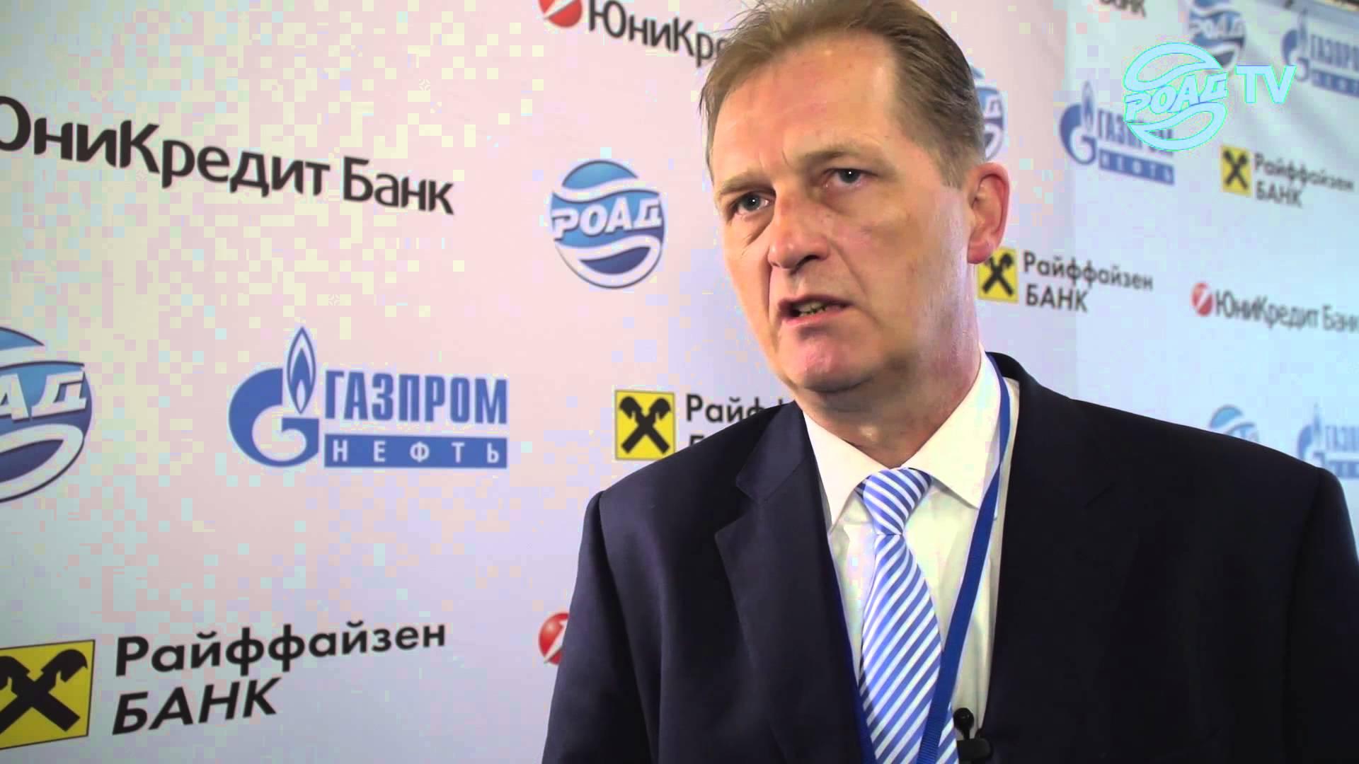 Йорг Шрайбер уверен - в росте продаж автомобилей виновато падение рубля
