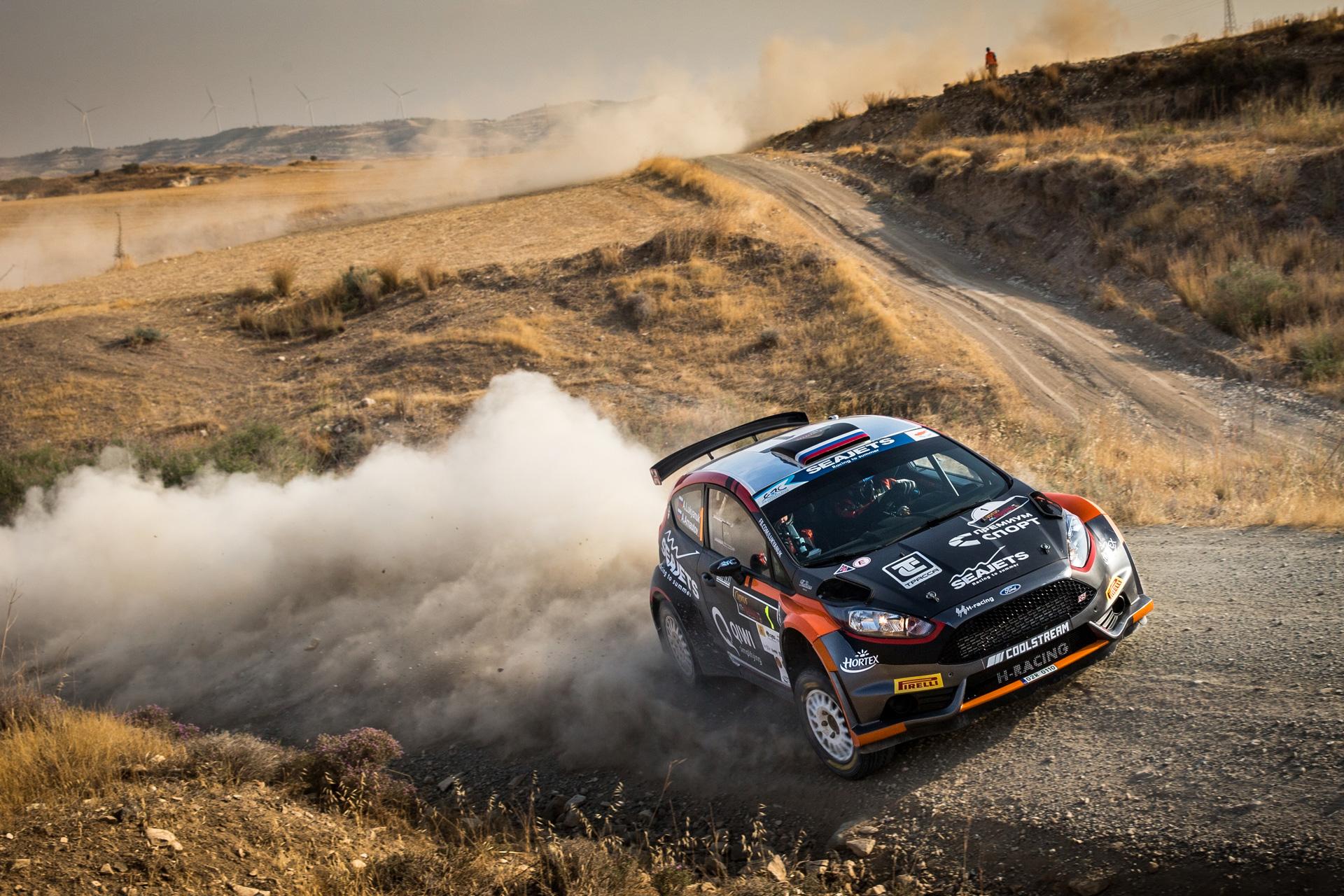 ралли Кипра – это наличие пыльного шлейфа за каждой гоночной машиной