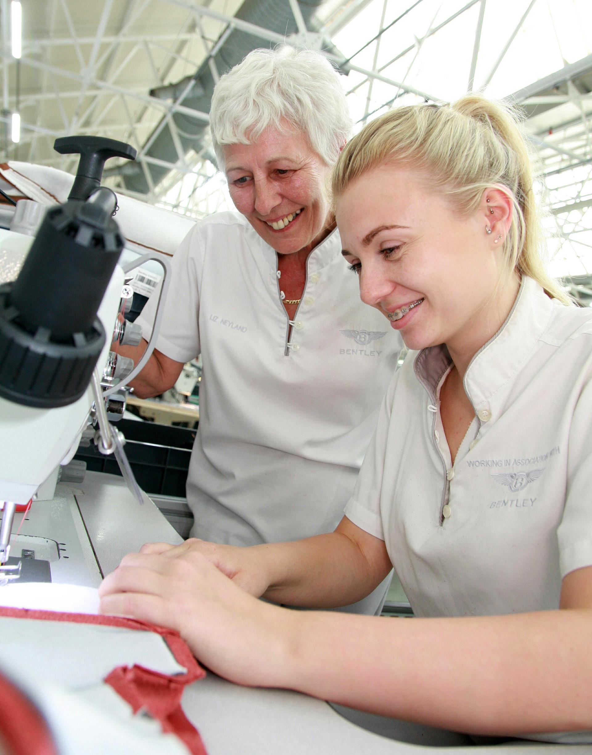 Bentley отмечает День швейной машины