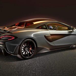 Вертикальный выхлоп McLaren - это круто! (Видео)