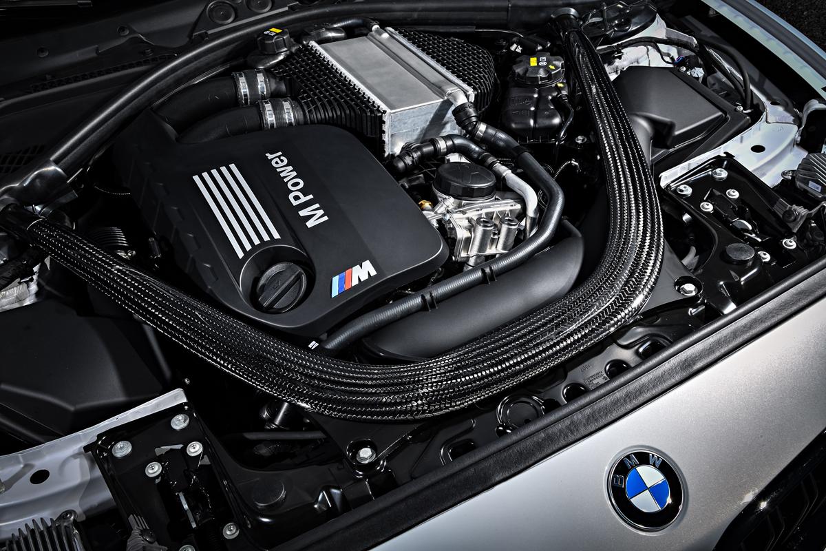 Шестицилиндровый рядный двигатель M TwinPower Turbo