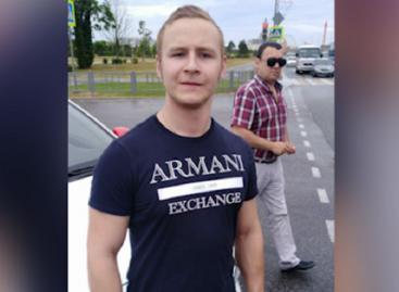 В Сочи немецкий болельщик спас жизнь мопедисту, попавшему в жесткое ДТП