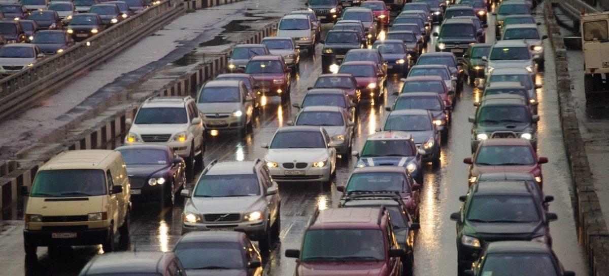 Автостат составил рейтинг городов-миллионников РФ по доле иномарок в парке