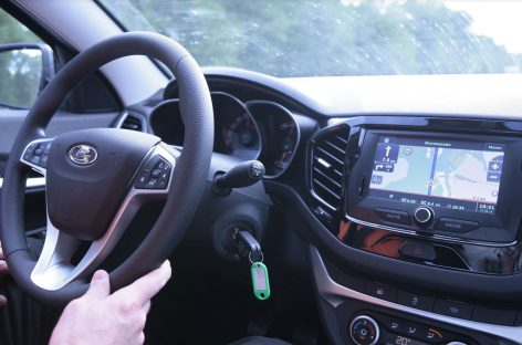Датчики оповещения о нарушении ПДД хотят установить на все российские авто