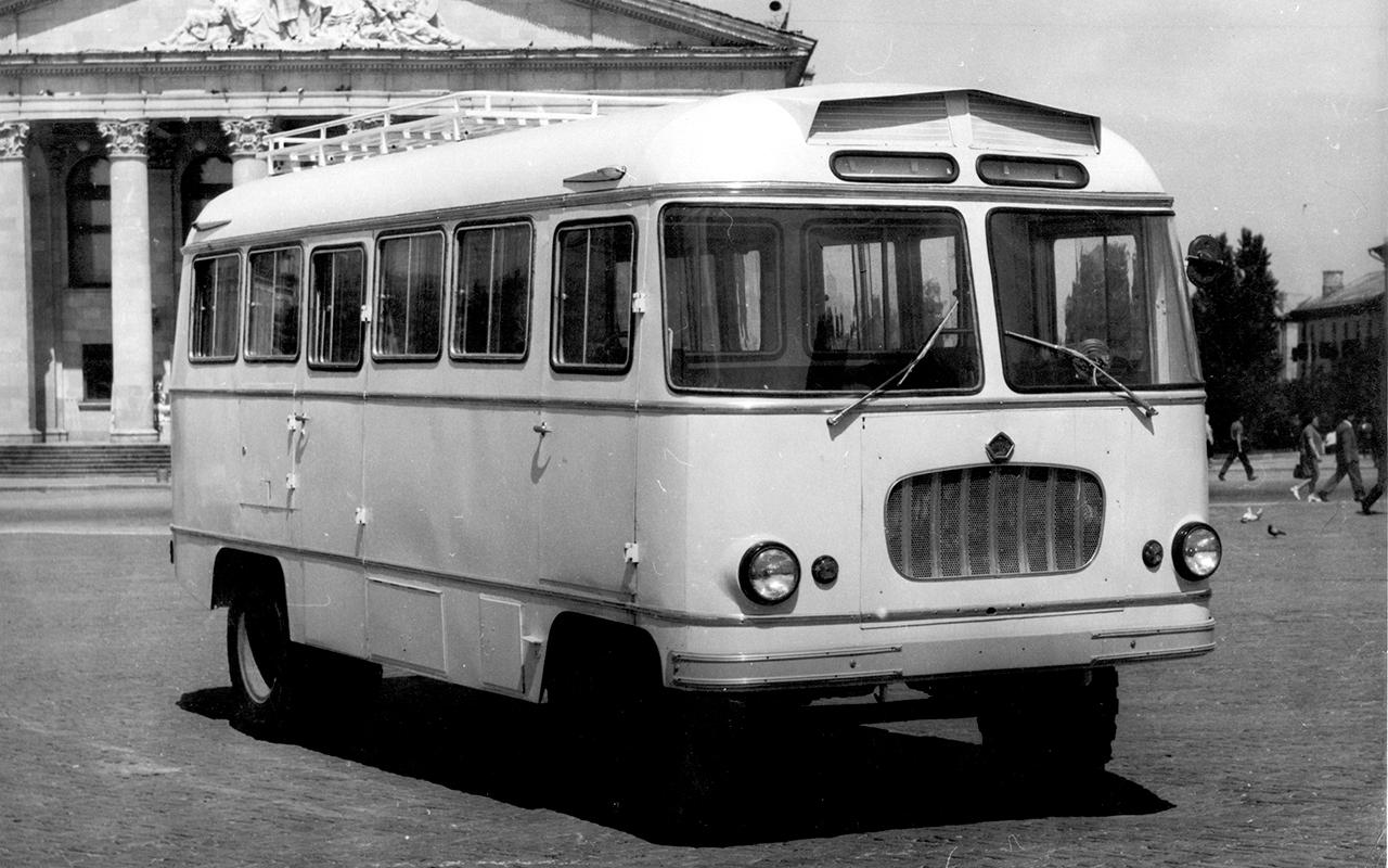 Автобус на базе ГАЗ-53