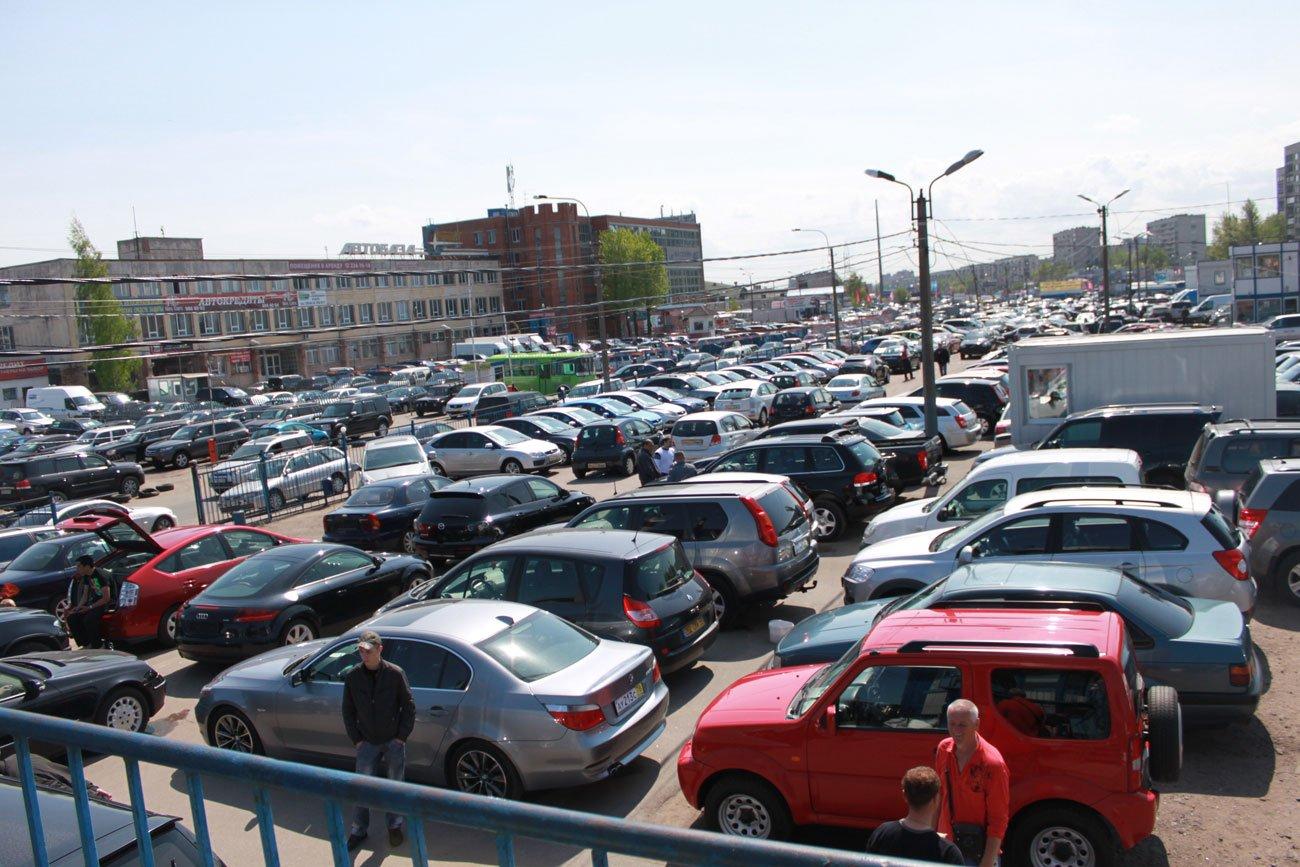 Каждый третий россиянин имеет автомобиль