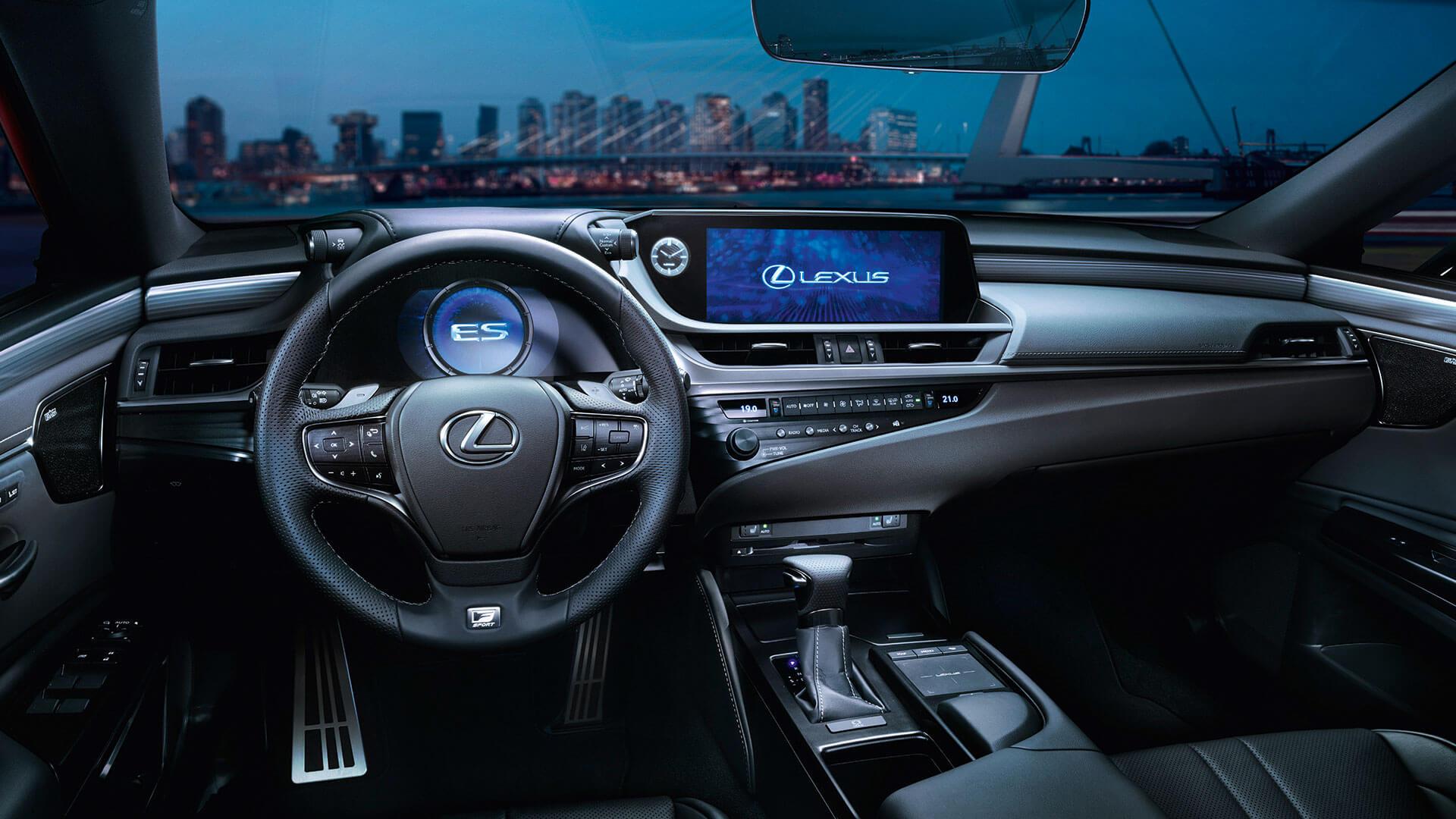 Lexus начинает прием заказов на новое поколение элегантного бизнес-седана Lexus ES