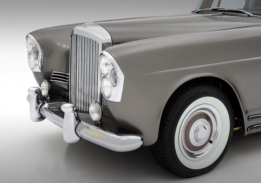 Шасси для автомобиля позаимствовали у Bentley