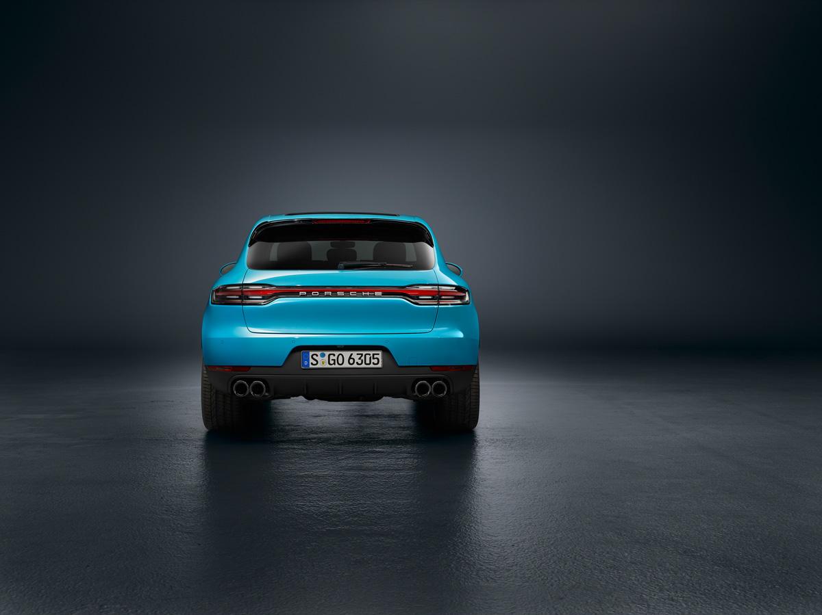 Porsche Macan 2018. Светодиодная полоса