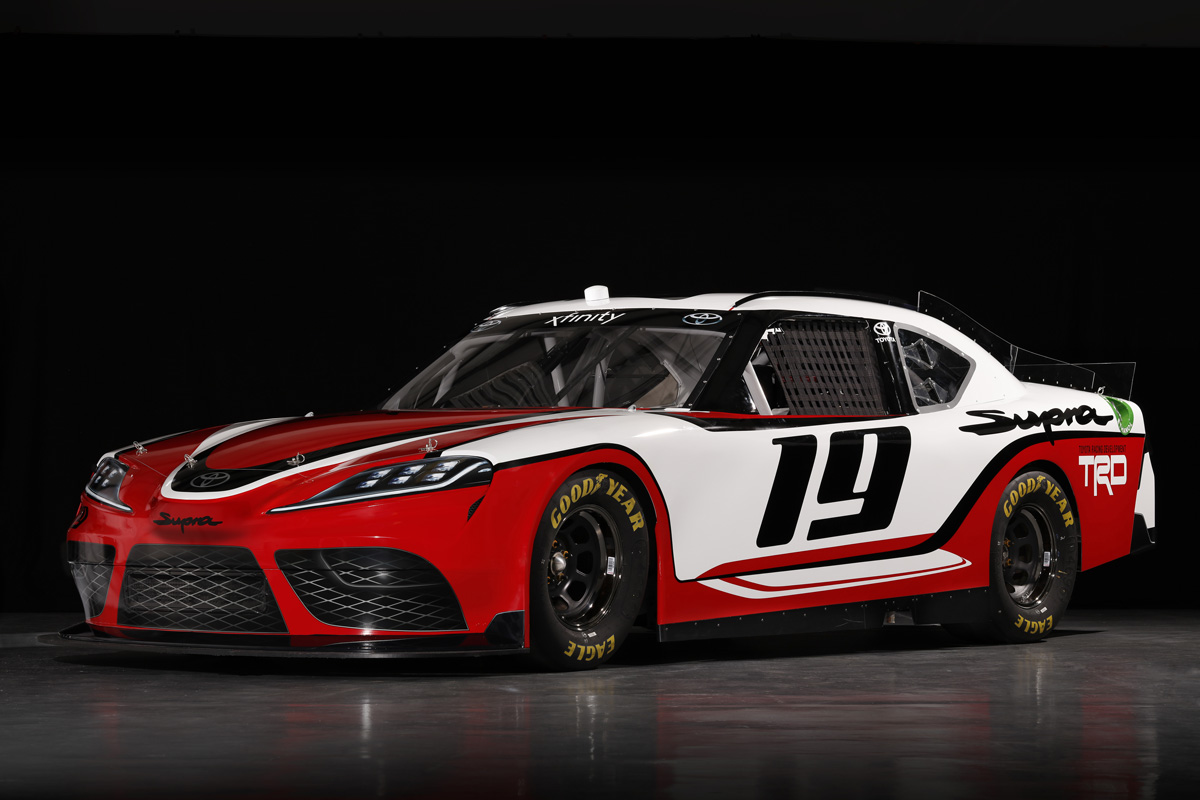 Toyota supra примет участие в NASCAR 2019