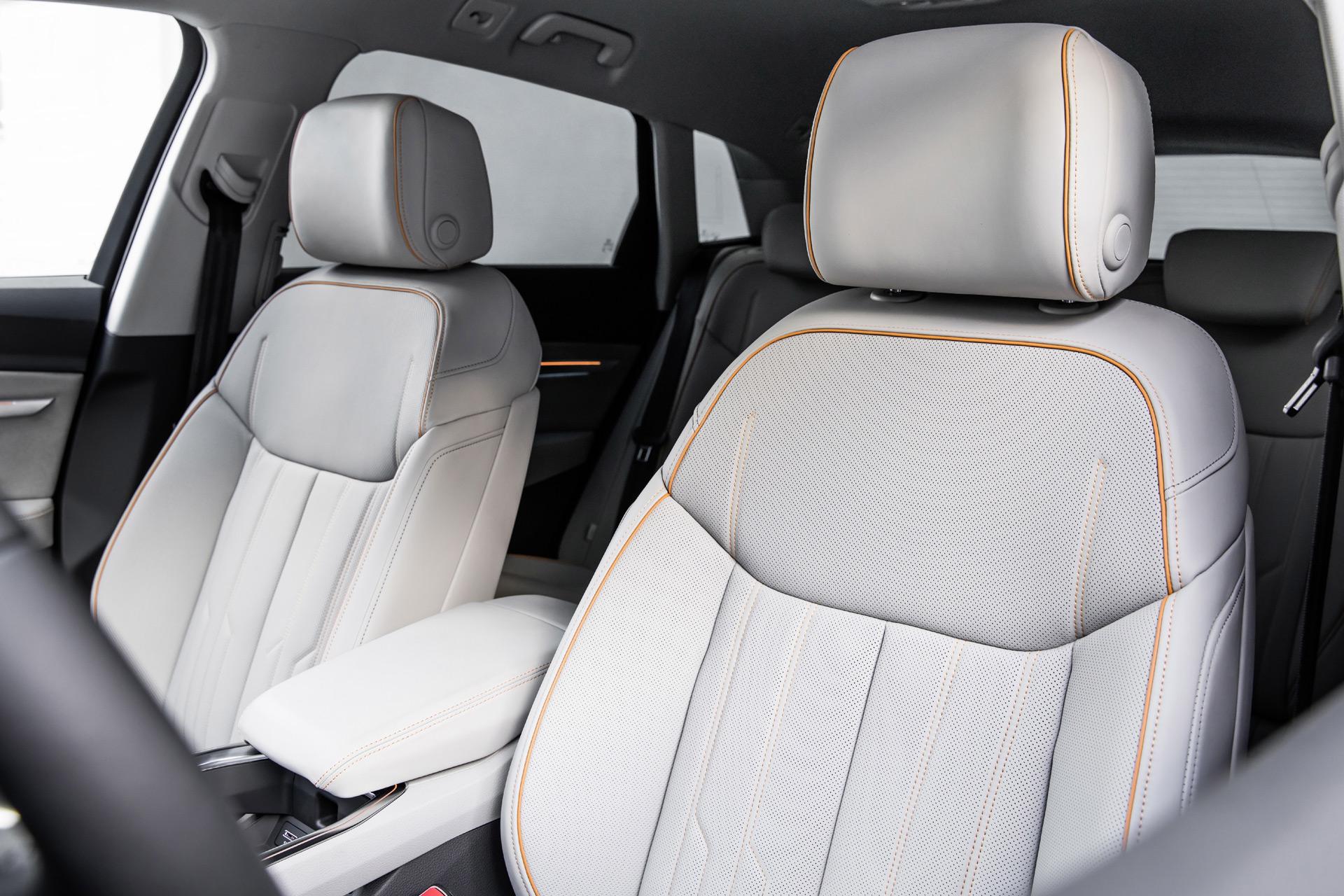 Атмосфера спокойствия: прототип Audi e-tron