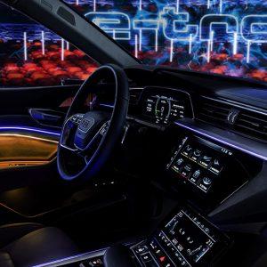 Прототип Audi e-tron создает новое измерение пространства для водителя и пассажиров