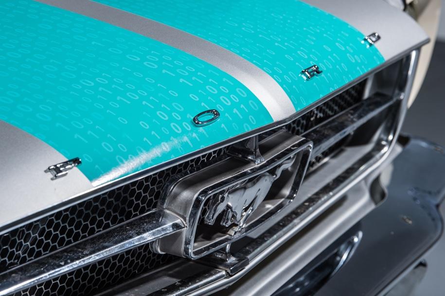 Ford Mustang теперь беспилотник