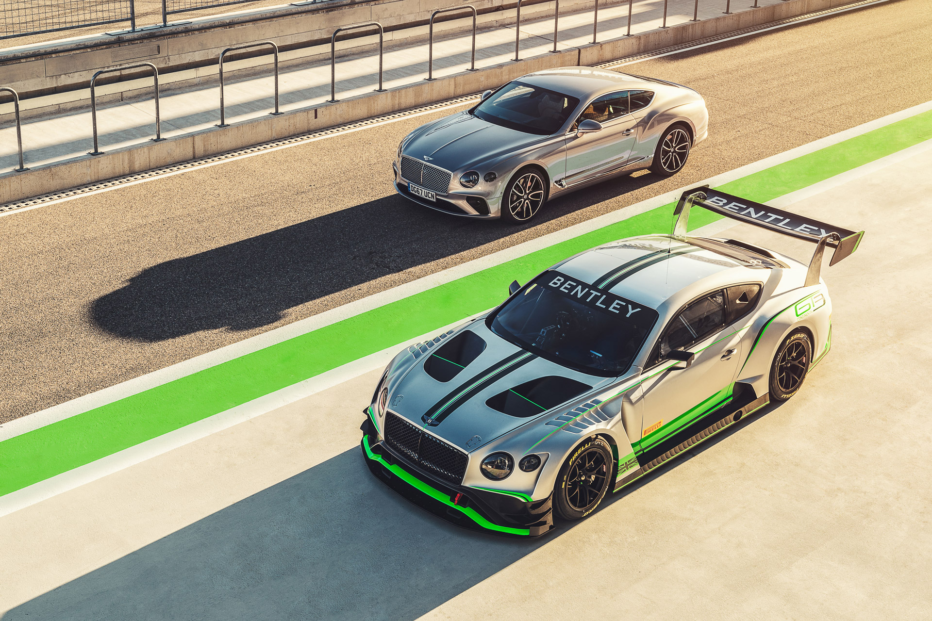 Дебют трёх моделей Bentley на фестивале скорости в Гудвуде