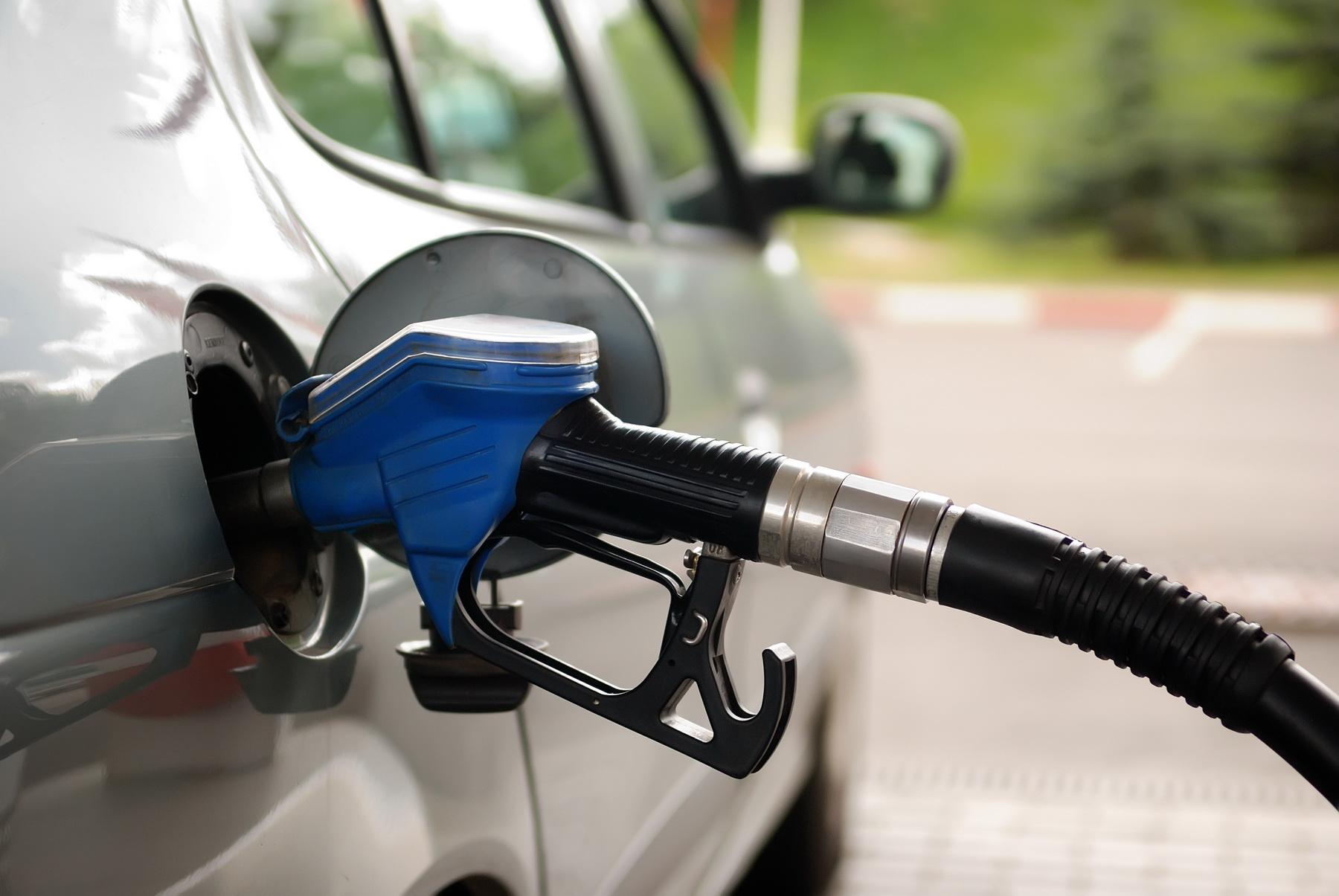 Хакеры взломали заправку и «слили» более 2000 литров бензина