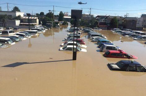Заводы затопило
