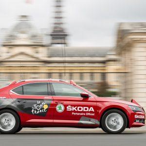 SKODA вновь предоставит 250 автомобилей для гонки Тур де Франс