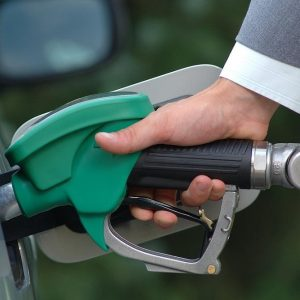 В Хабаровске ударят автопробегом по ценам на топливо