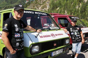 Майк Моторов представил фильм о путешествии на РАФах от Риги до Владивостока