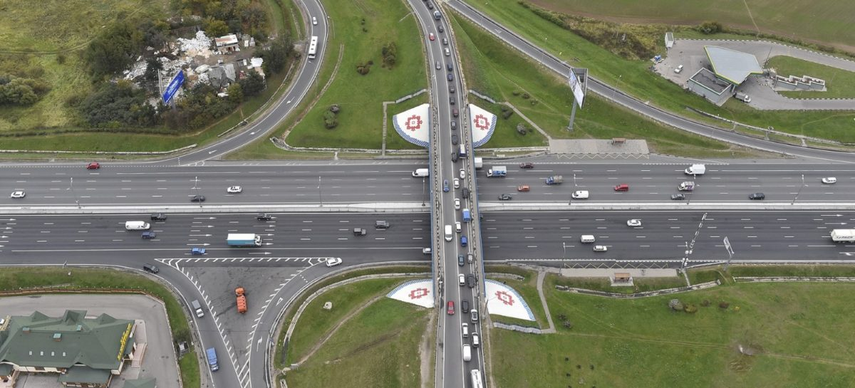 На пересечении МКАД и Бесединского шоссе ограничат движение транспорта