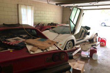 Нашел в гараже у бабушки Lamborghini