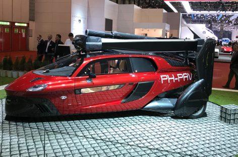 Машина за 37 млн руб.: продажи стартовали (она умеет летать)