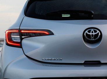 Японцы сделают из Toyota Corolla кроссовер