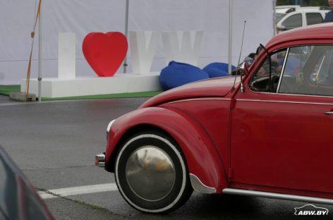 Почитатели VW и Audi похвастались машинами в Логойске